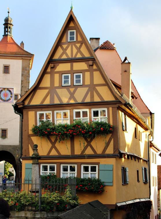 germany-rothenburg-house-2