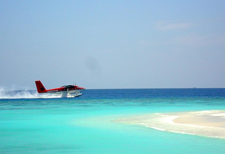 A Maldavian air taxi.