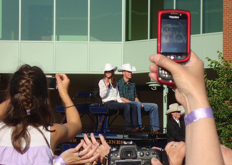 Prince William and Kate showed up at the Calgary Stampede one year!