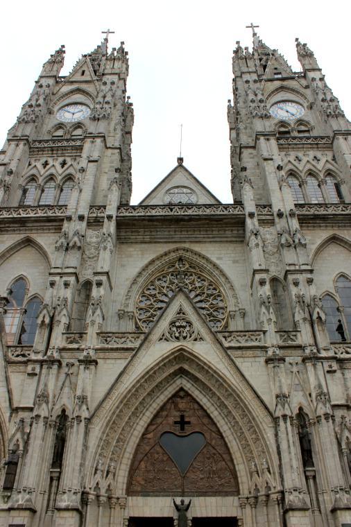ecuador-cathedral-2