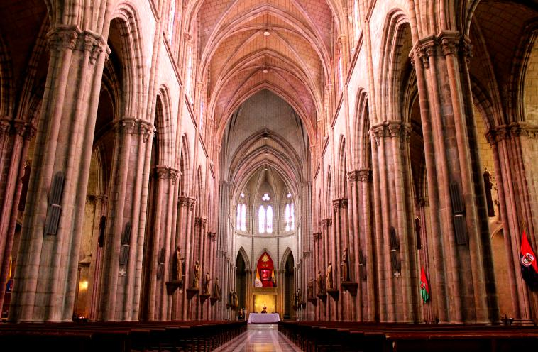ecuador-quito-cathedral