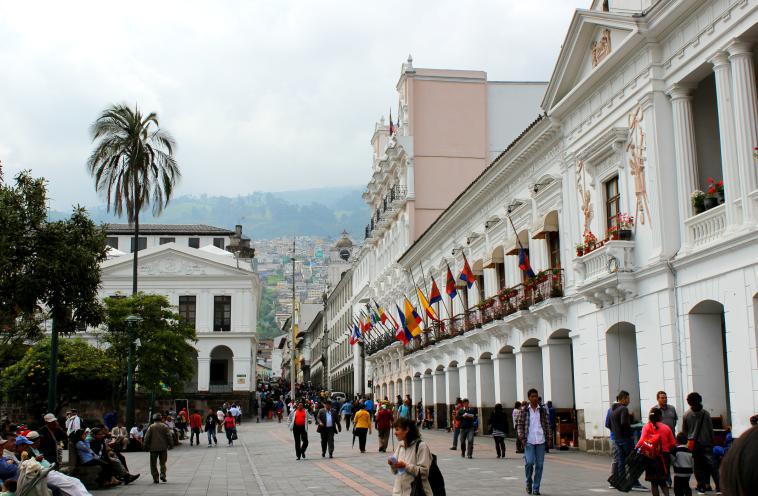 ecuador-quito-plaza