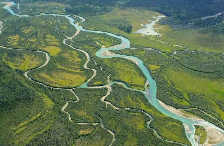 Canada-Yukon-Glacier-Tour-river-2