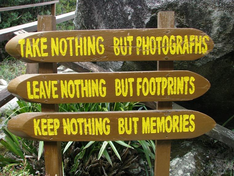 malaysia_kinabalu-sign