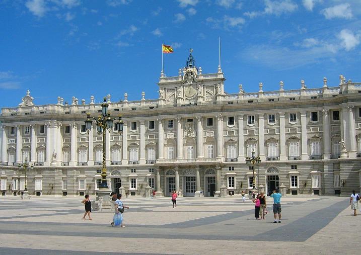 spain-madrid-palace-2