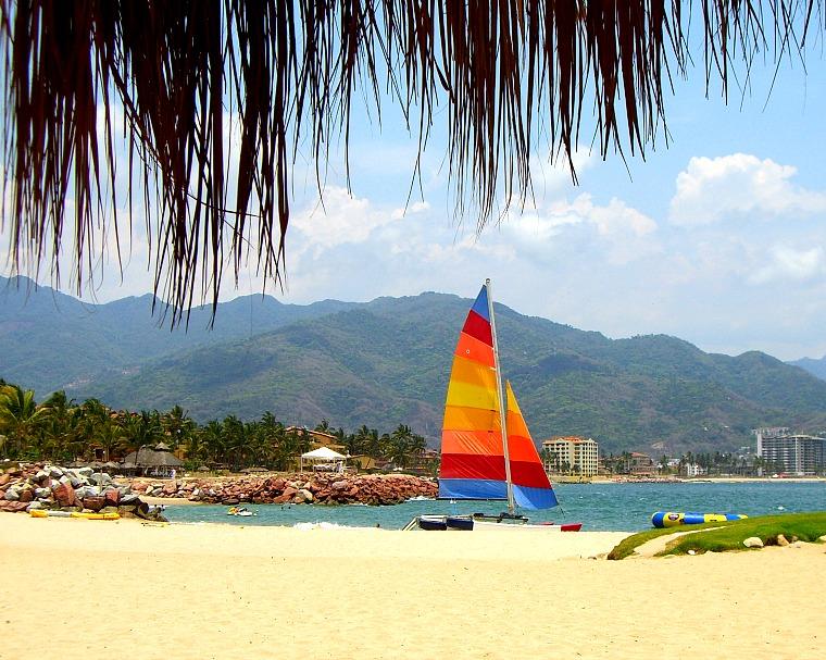 Mexico-puerto-vallarta-beach