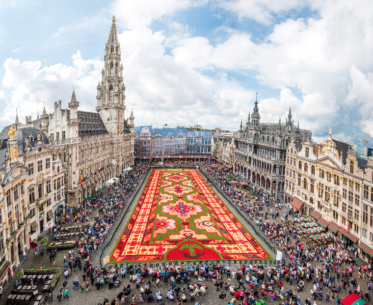 The flower carpet in Brussels. Courtesy of Shutterstock.