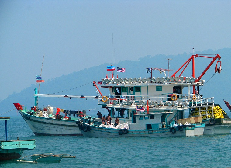 kota kinabalu boat