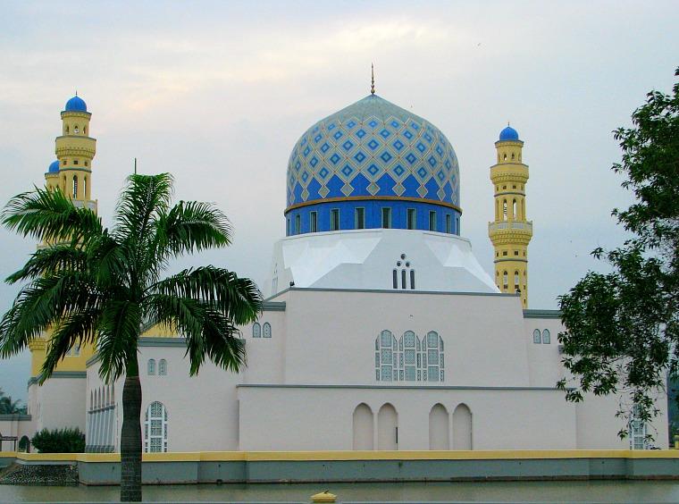 Kota Kinabalu City Mosque.