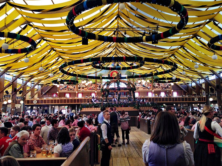 germany-munich-oktoberfest-tent-inside