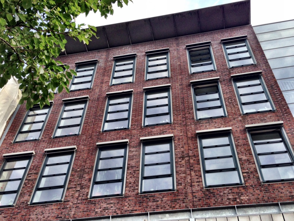 netherlands-amsterdam-anne-frank