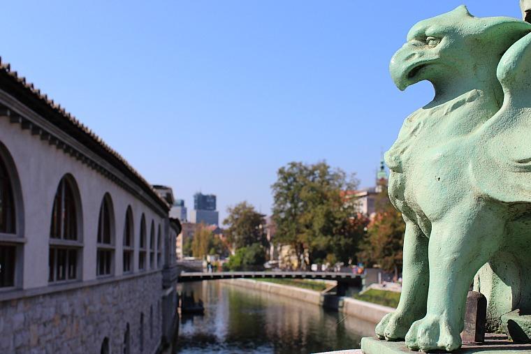 slovenia-ljubljana-dragon-bridge-2