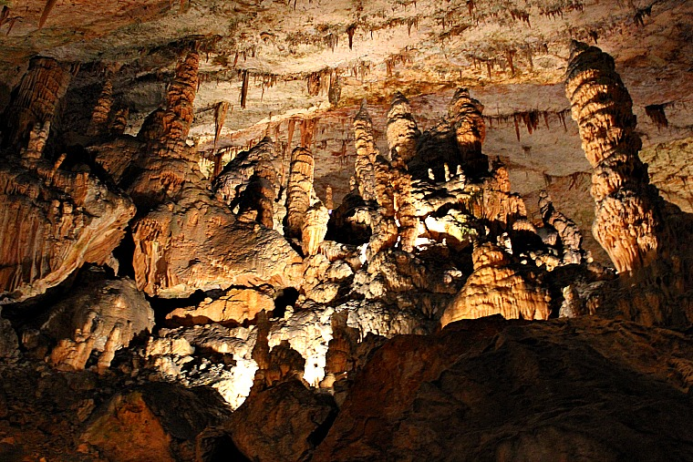 slovenia-postjana-cave