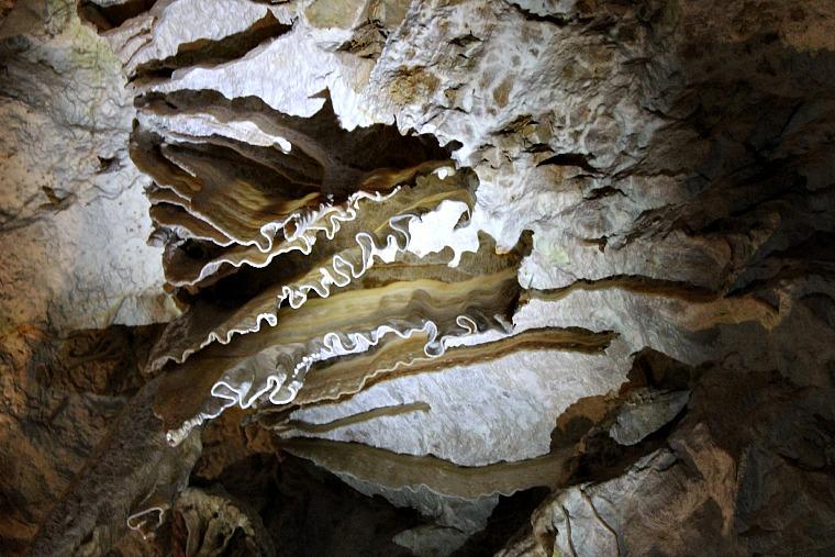 slovenia-postjana-cave4