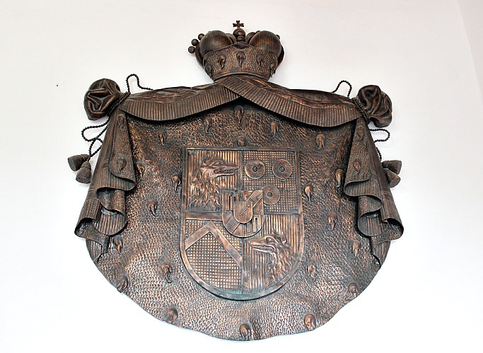 slovenia-postjana-castle coat of arms