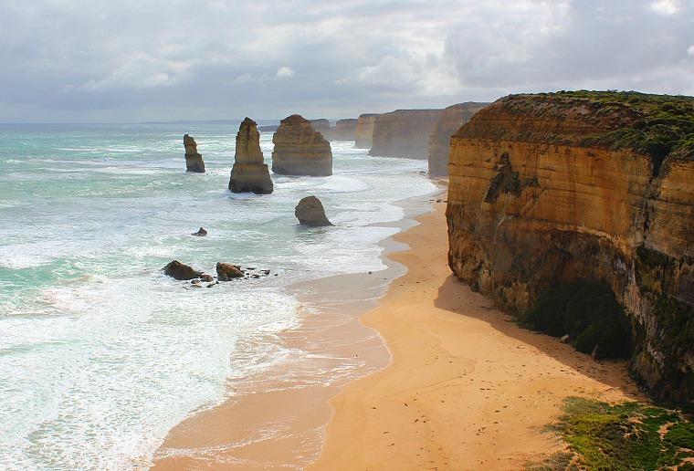 australia-great-ocean-road-apostles-8