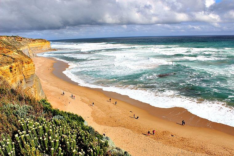 australia-great-ocean-road-gibsons