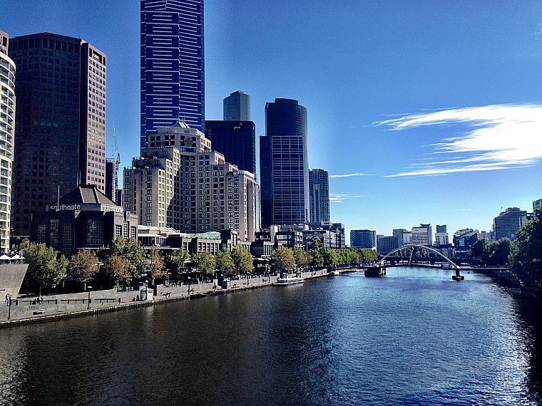 australia-melbourne-yarra-river
