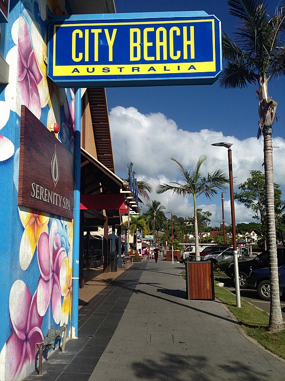 australia-airlie-beach-town-2