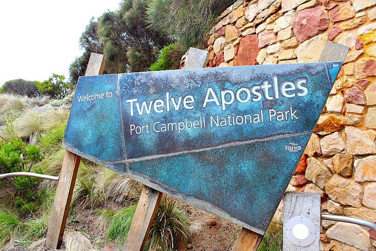 stops along great ocean road australia
