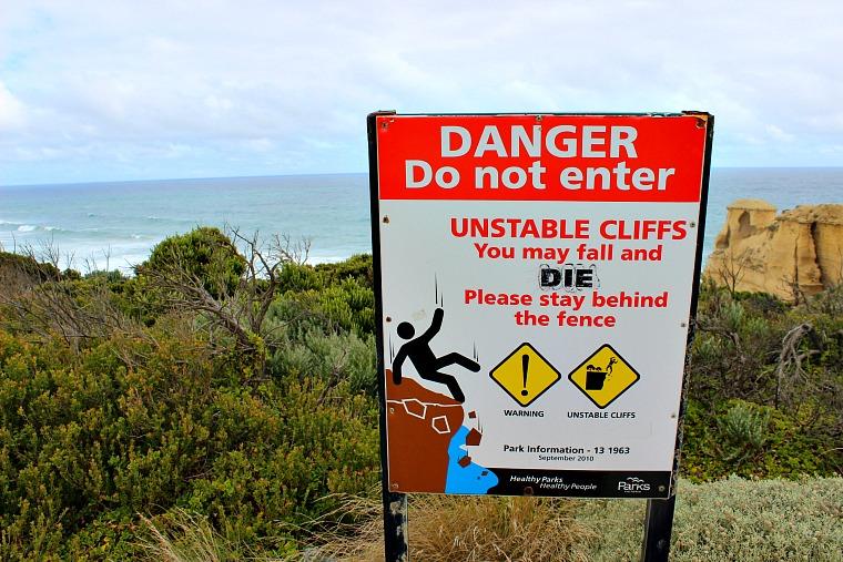 australia-great-ocean-road-sign-2