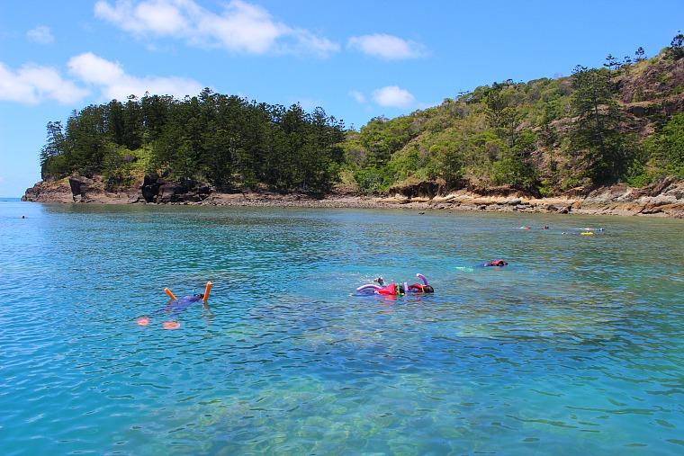 australia-whitsundays-snorkeling Exploring Australia's stunning Whitsundays with Ocean Rafting