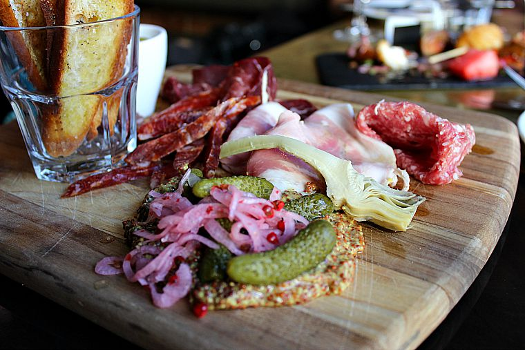 Canada-Quebec-Montreal-charcuterie