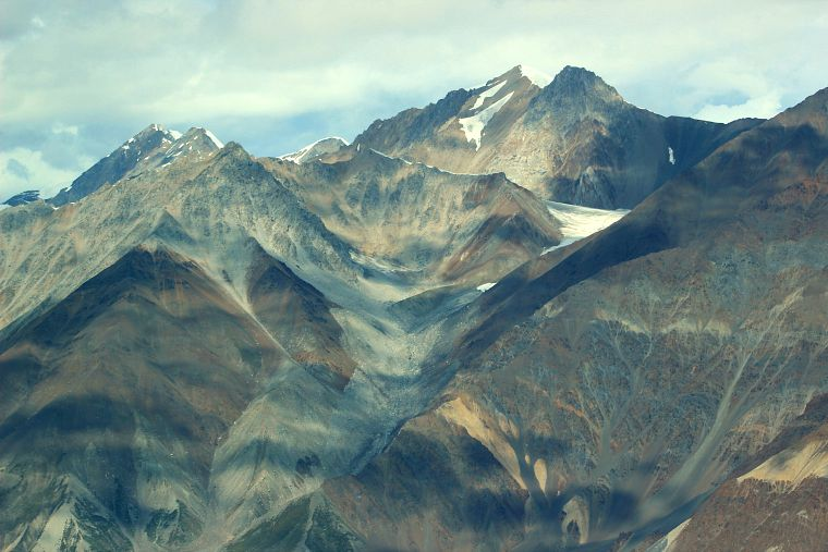Canada-Yukon-Glacier-Tour-Mountains-11