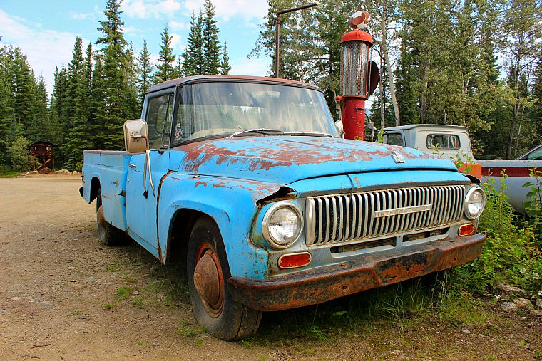 Canada-Yukon-truck-stop