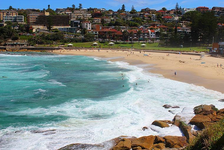 australia-sydney-bronte-beach
