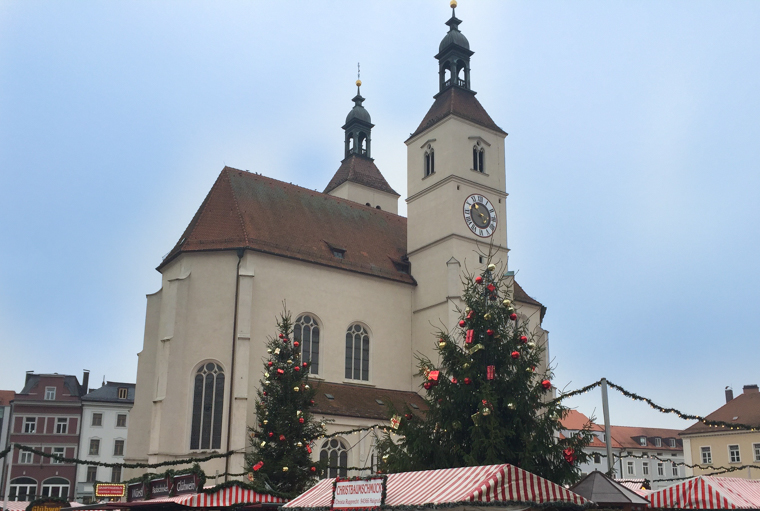 Germany-Regensburg-Cathedral-CHristmas-market (1 of 1)
