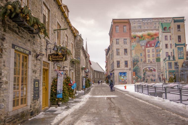 Canada-Quebec-City-petit-champlain-9 (1 of 1)-resized