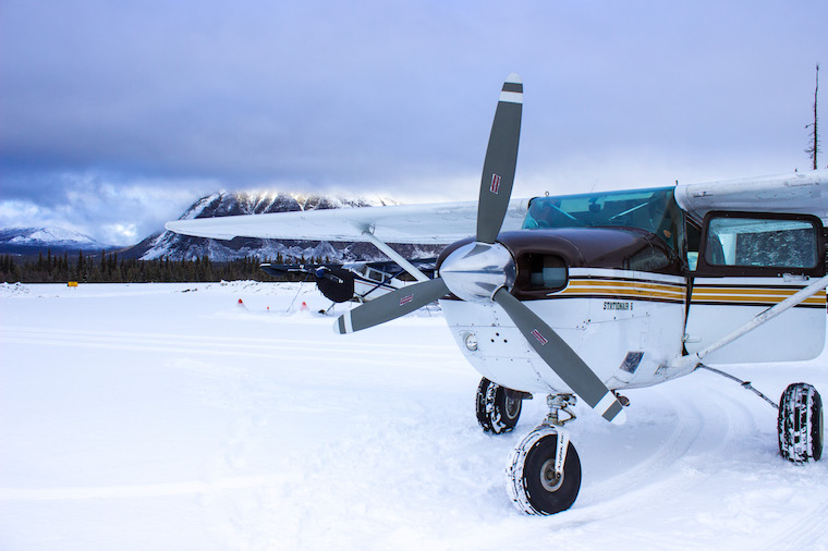 Canada-Yukon-Kluane-Flightseeing-Plane-3