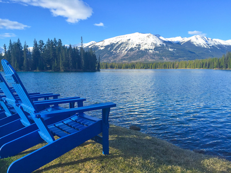 Canada-Alberta-Jasper-Lake-9