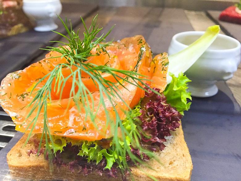 Viking-Cruise-sandwich
