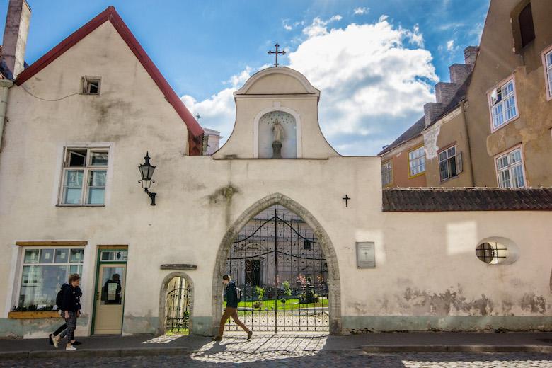 Estonia-Tallinn-Church-4