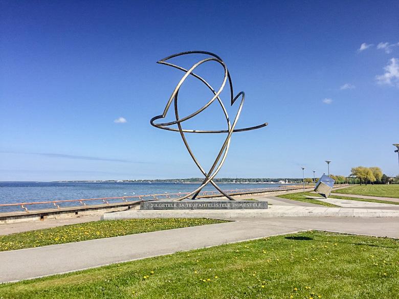 Estonia-Tallinn-Pirita-Statue