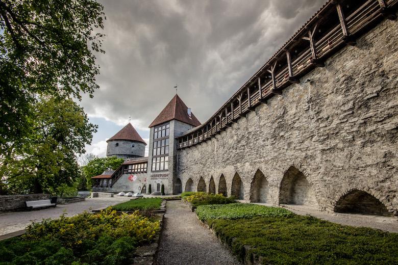 Estonia-Tallinn-Walls-6