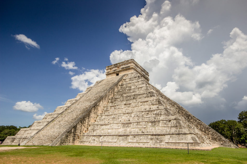 El Castillo. Tips for visiting Chichén Itzá in Mexico